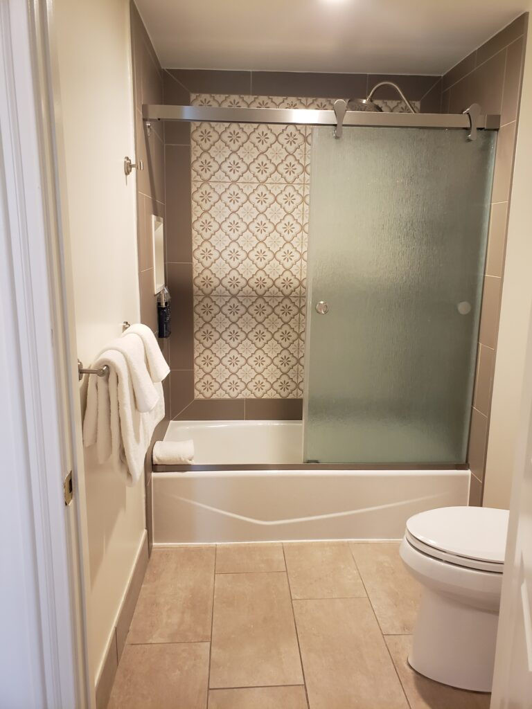 saratoga springs 2 bedroom - 2nd bathroom