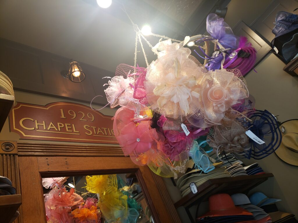 chapel station - hat store in disney springs