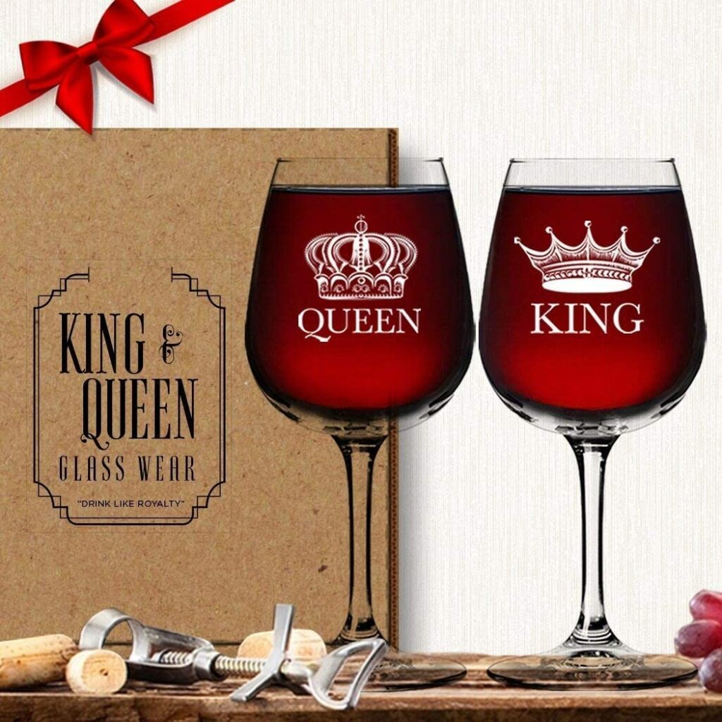 Valentines Day - spread love - king and queen wine glasses