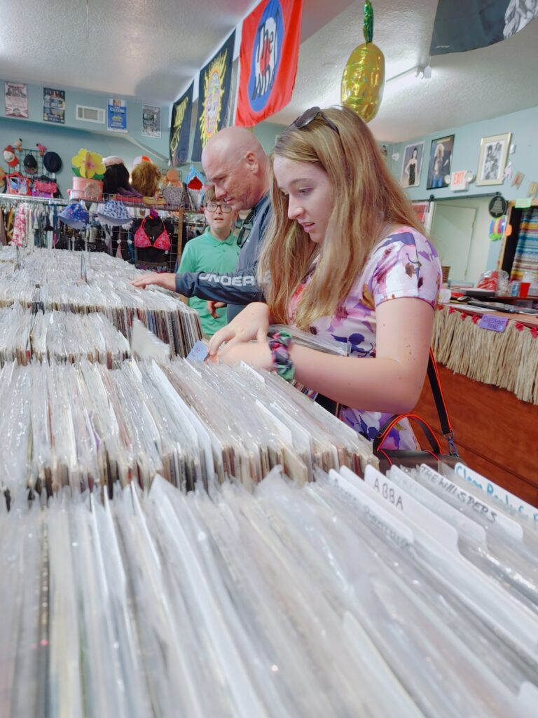 retro vintage store